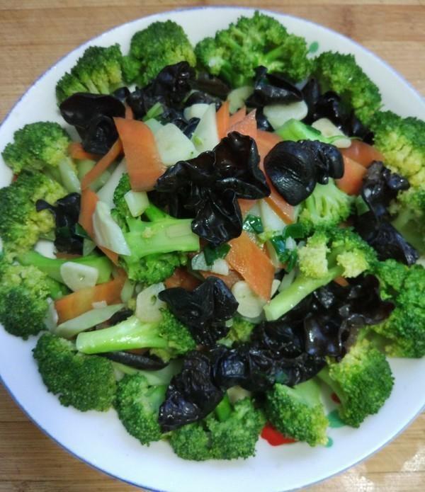 """天然""""养生菜""""找到了,每天炒一盘,营养美味,身体逐渐变健康"""